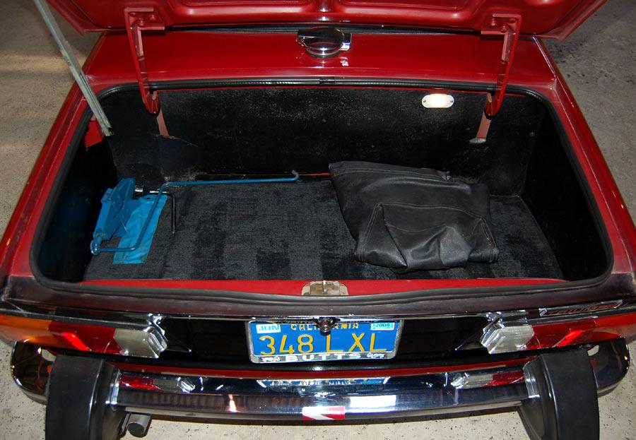 tr6 trunk wiring